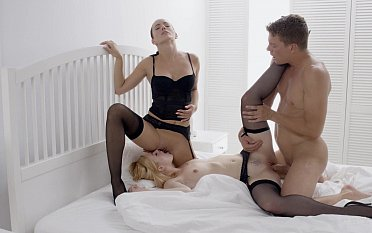 Erotic FFM threesome with a brunette MILF
