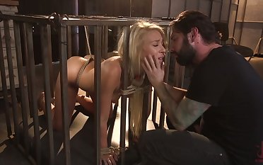 Bitch in the cage Carmen Caliente serves her defy like nobody else before