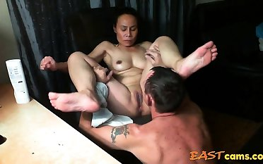 Asian girl get licked untill orgasm
