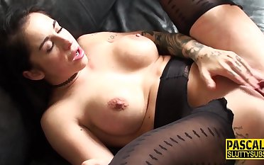 Kinky sub cunt eaten out - bdsm